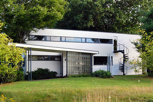 Exceptional Marcel Breuer House ...