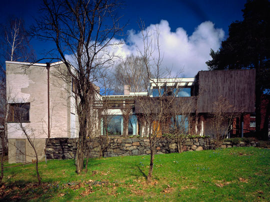 Ih iconic houses for The aalto house