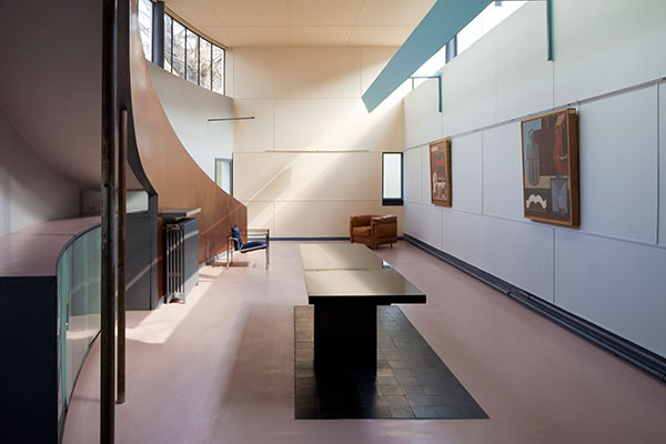 At home with Le Corbusier - Iconic Houses